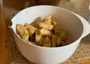 apple crisp bars with shortbread crust