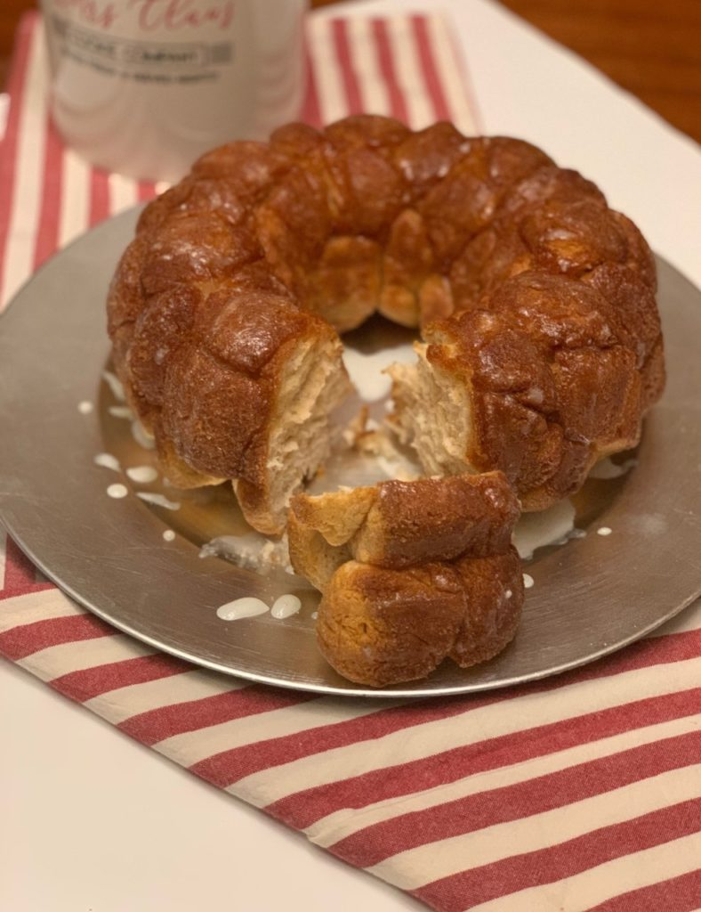 Snickerdoodle money bread with icing