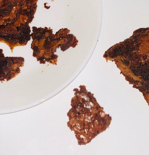 Easy Chocolate Caramel Brownies