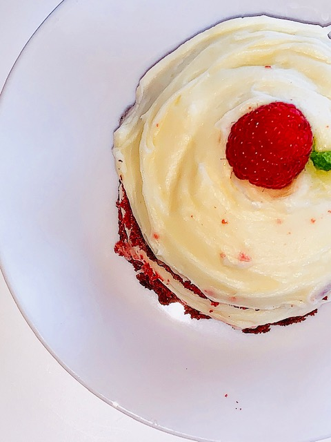 Mini red velvet cakes with cream cheese frosting