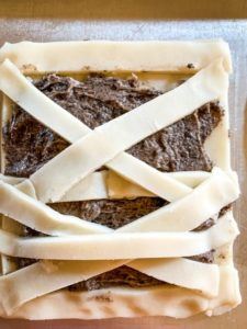 Spookalicious mummy pop tarts