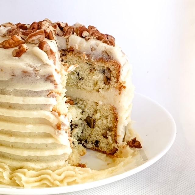 Butter pecan mini cakes